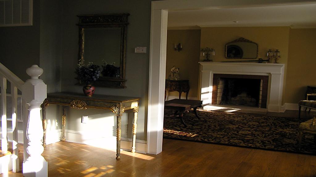 Gikas Painting-flooring